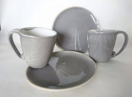 Geschirr-set grau